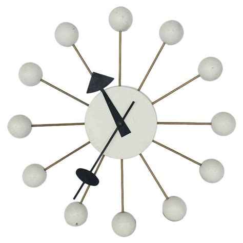 George Nelson Uhr by Vintage George Nelson White Clock At 1stdibs