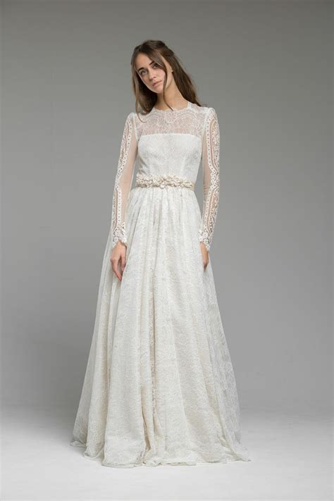 bridal dresses with sleeves 486 best sleeved wedding dresses images on