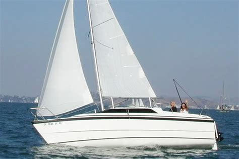 sailing boat price in india sailing at gateway of india mumbai macgregor 26 yacht