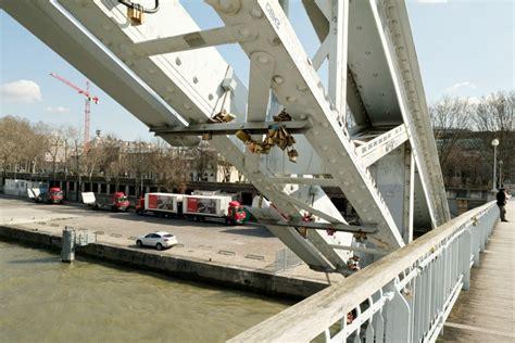 cadenas connecté pour vélo les cadenas d amour 224 paris sortir de paris 224 v 233 lo le blog