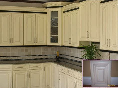 vanilla cream kitchen cabinets pin by cynthia williams on kitchen cabinets pinterest