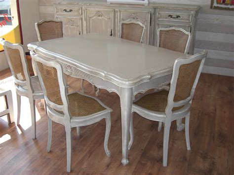 table a manger louis xv