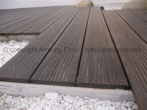 pavimento da esterno doghe in legno per esterni elementi e dimensioni