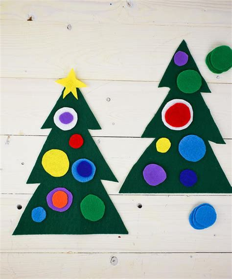 christmas tree crafts preschool felt tree preschool craft allfreechristmascrafts