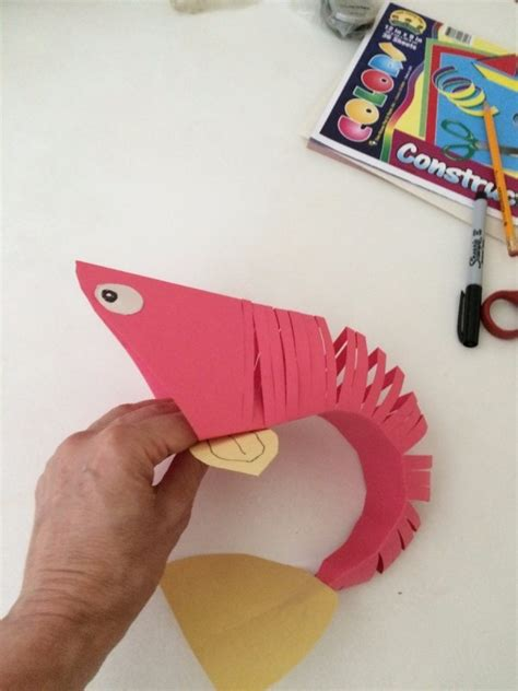 Make A Paper Fish - a paper fish thriftyfun
