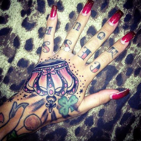 queen tattoo hand queen crown hand tattoo danielhuscroft com