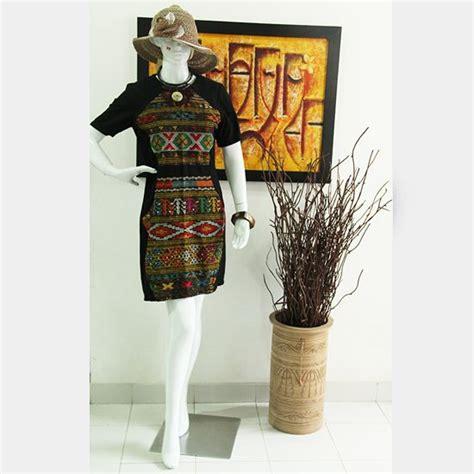 Dress Wanita Kombinasi Hitam Putih dress ulos batak bahan ulos kombinasi tenun bima ukuran s m warna hitam merah ungu