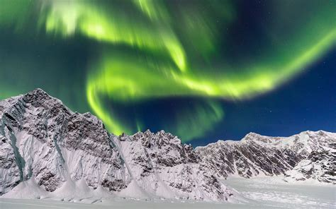 denali national park northern lights a new luxury hotel is opening in the middle of an alaskan