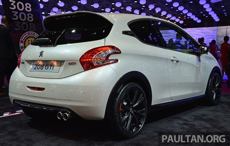 peugeot 208 gti 30th anniversary paris 2014 peugeot 208 gti 30th anniversary edition image