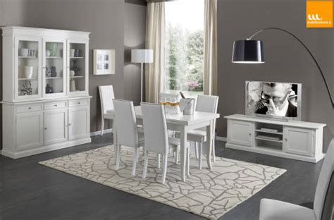sala da pranzo arte povera mobili bianchi in arte povera