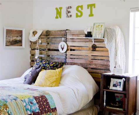 Palette Headboard by 10 Beautiful Wooden Headboards For A Warm And Inviting