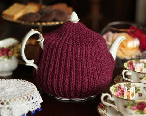 Free Pattern Tea Cosy | the prettiest tea cozies to crochet 24 free patterns