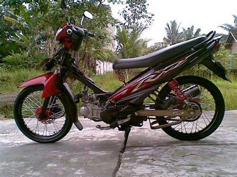 Modifikasi Motor Zr by 15 Modifikasi Motor Yamaha Zr Terbaru Kumpulan
