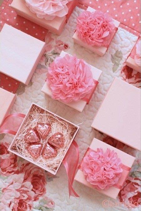 adorable spring wedding favors ideas weddingomania
