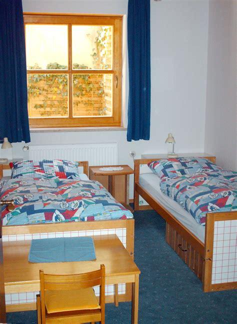 Kinderzimmer Mit Zwei Betten by Virtueller Rundgang 171 Heffengartenhaus