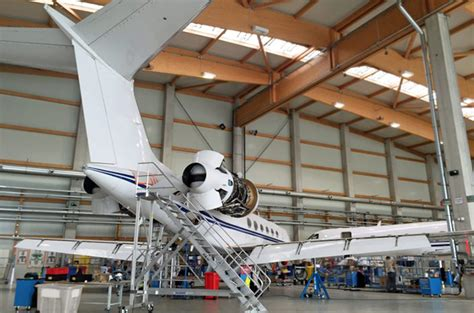 amac aviation bombardier sets up biggin hill service centre