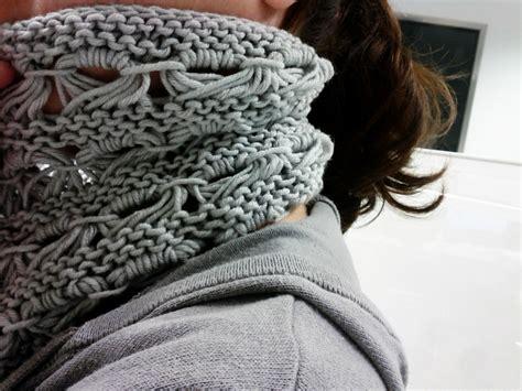 patron cuellos a dos agujas patr 243 n cuello de lana con punto caracol el hogar de las