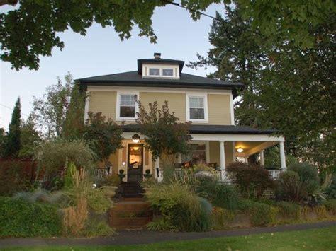 4735 N Willamette Blvd Portland 3001 N Willamette Blvd Portland Or 97217 Zillow