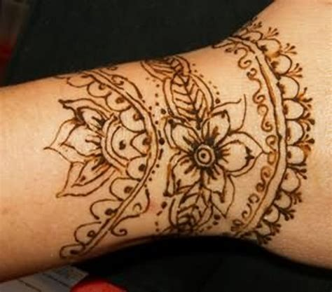 henna tattoo on arm 43 henna wrist tattoos design