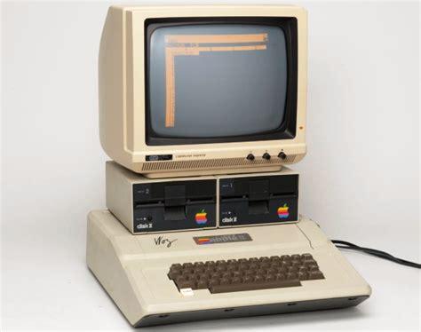 Laptop Apple 2 Jutaan o lend 225 apple ii fez 35 anos zwame portal