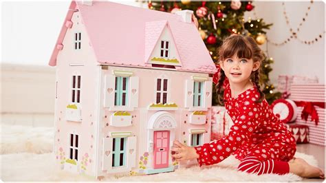early learning centre dolls house furniture rosebud country doll s house 3 years early learning centre youtube