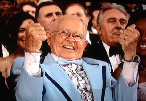 how to be a seat filler at the grammys meet carl the oscars seat filler