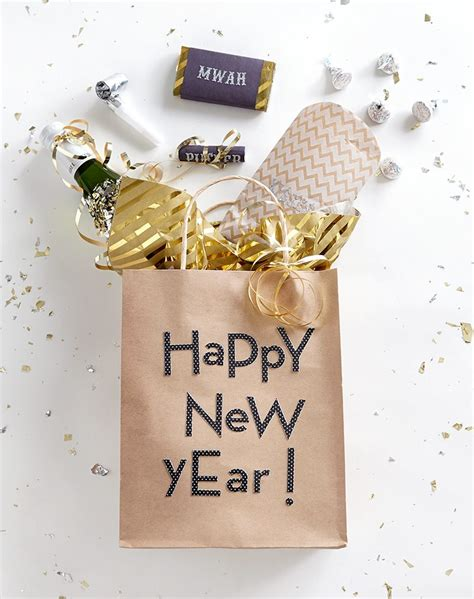 diy new year s eve party favors shari s berries blog