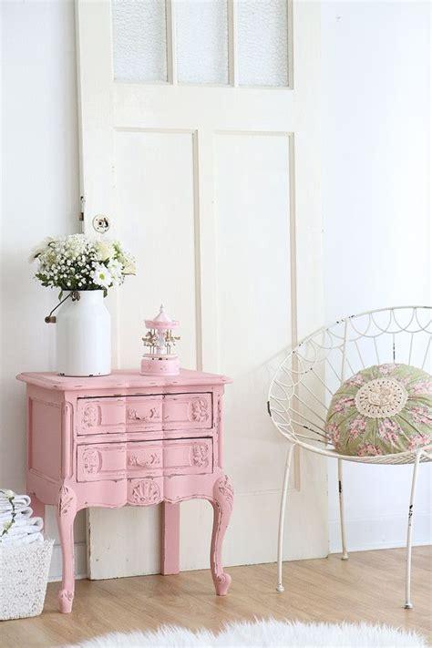 nachtschrank vintage nachtschrank nachtkasten in rosa products and vintage