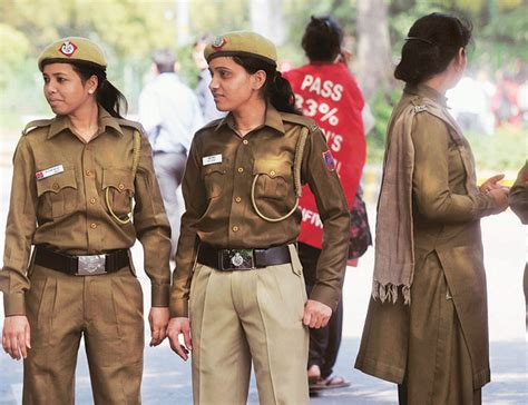 Delhi Police force faces crunch of women staffers : North ...