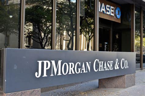 who owns jpmorgan bank banking on solar jpmorgan sets 100 percent