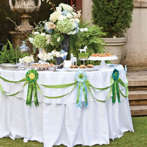 Kitchen Centerpiece Ideas by Kentucky Derby Party Ideas Celebrate Magazine