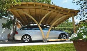 garage en bois carport avantages du garage en bois schwarzes auto in einer modernen garage moderne garagen