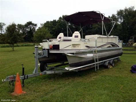 tahoe boat seats for sale 2001 used tahoe 2524 grand fisher pontoon boat for sale