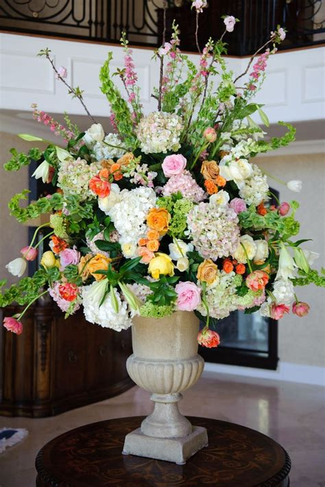 flower arrangements for church pulpit