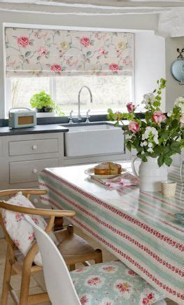 Country Style Kitchen Blinds by Best 25 Grey Kitchen Blinds Ideas On Grey
