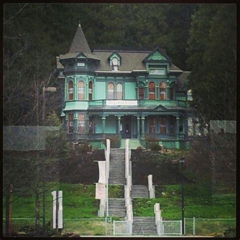 The Murder House by Murder House Houses Murder Within