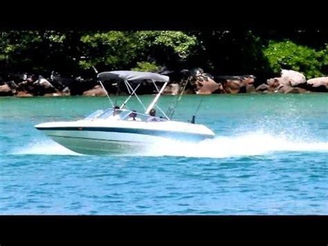 rinker boats vs bayliner 17ss whaler vs 23 monterey bowrider hole shot doovi