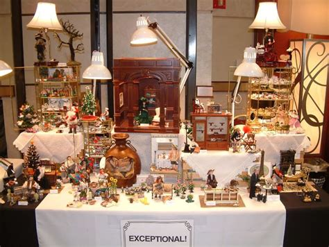 dollhouse display table 1000 images about miniature dollhouse fairs display