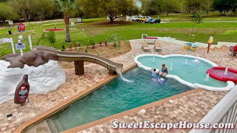 Sweet Escape Weekend Getaway by The Sweet Escape 5 Acre Vacation Rental Near