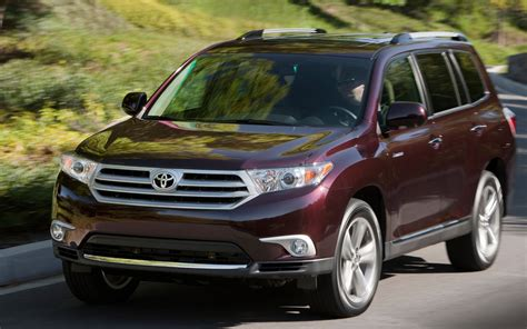 2013 Toyota Highlander Towing Capacity Trim Equipment Changes For 2013 Toyota Tacoma Tundra