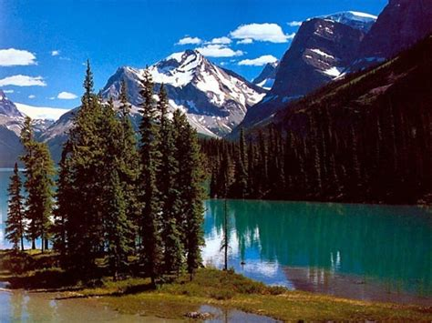 rocky mountains north america beautiful vacation spots