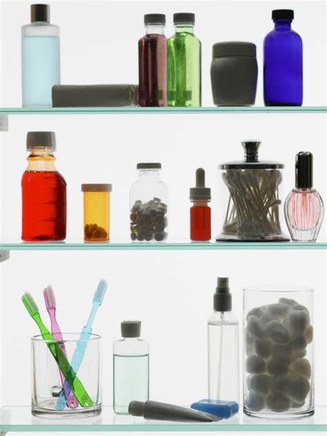 organize  linen closet  bathroom medicine cabinet