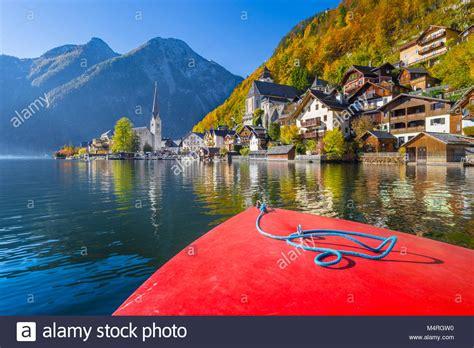 boat tour hallstatt hallstatt austria autumn stock photos hallstatt austria