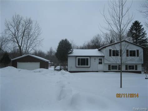 9201 w allen rd fowlerville michigan 48836 foreclosed