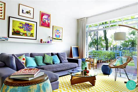 the living room with decoration makes it look more