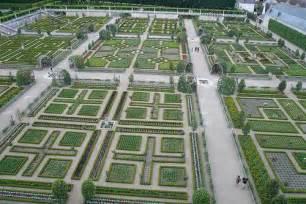 Large Vegetable Garden Layout Large Vegetable Garden Design The Interior Design Inspiration Board