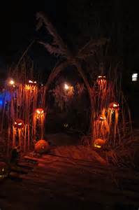 Spooky House Decorations For Halloween Hallo Wicked Ween Voodoo Licious Halloween Ideas Wckedwords