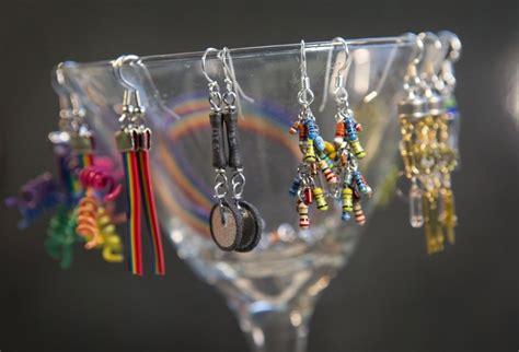 capasitor nokian fl2d transistor necklace 28 images transistor jewelry transistor designs on jewelry cheap custom