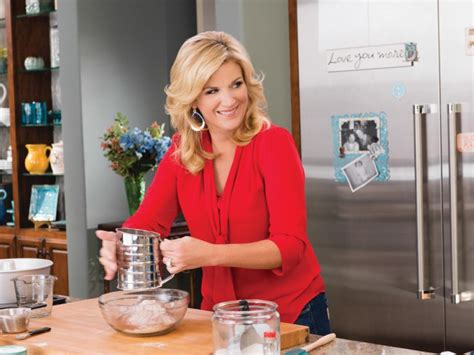 hot chick food network 10 things you didn t know about trisha yearwood fn dish
