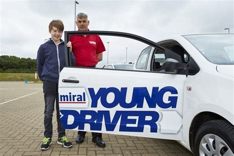 30 Minute Young Driver Experience   UK Wide from Buyagift